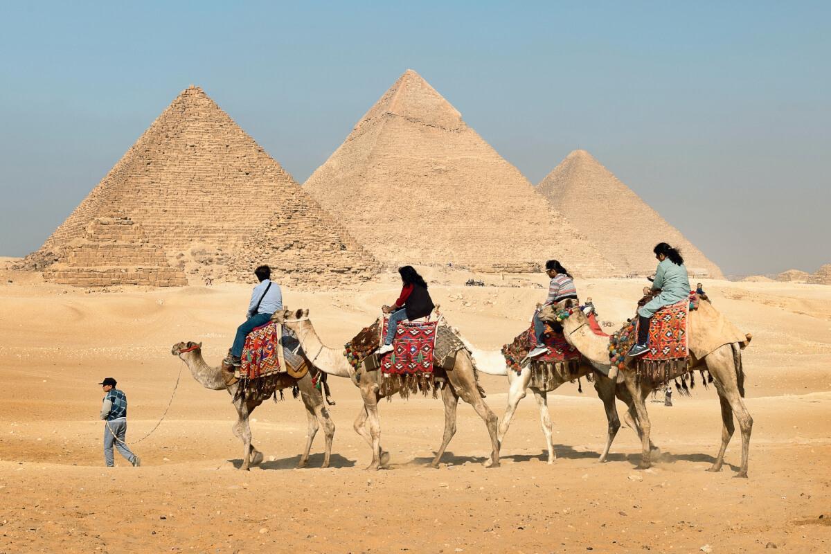 Day 2: Giza Pyramids, Sphinx, Saqqara and Memphis